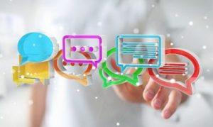 virtuele tekstblokjes met een hand