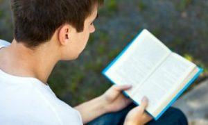 lezende man